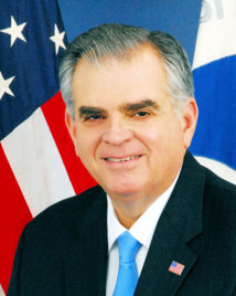 "Ray LaHood : ""La taxe sur l'aviation est minable"""