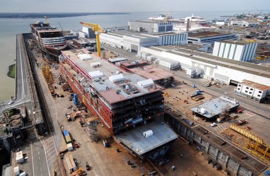 Stx d marre la construction du plus grand paquebot du monde for Bureau plus st nazaire