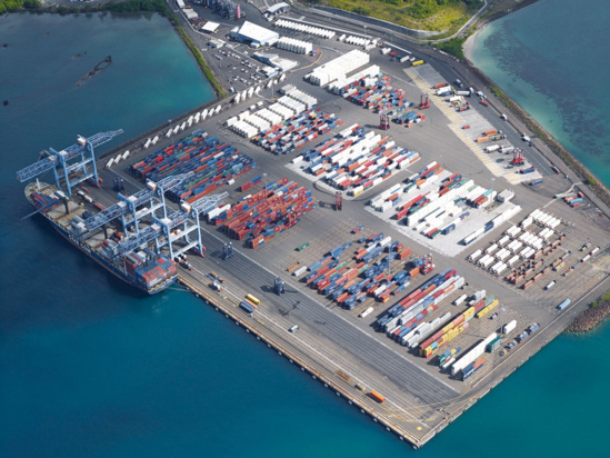 Terminal à conteneurs de la Pointe-des-Grives en cours d'extension © GPM de la Martinique